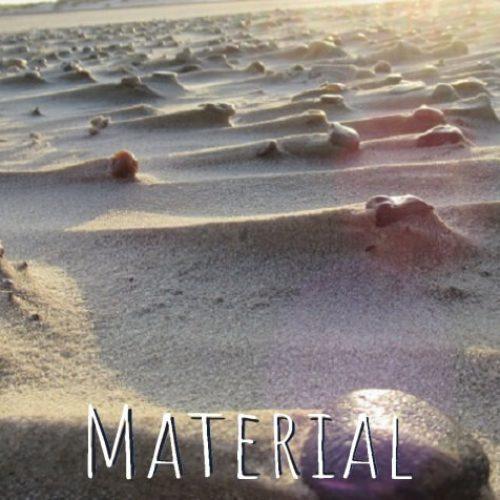 Meerfair handgefertigter und nachhaltiger Schmuck aus Upcyclingmaterial wie Steine, Treibholz und Muscheln für einzigartige Stücke